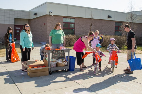 Baxter Elementary School cleanup participants